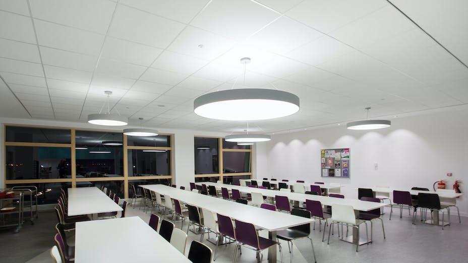 Inverness College,UK,Scotland,Inverness,BDP Architects,DV McColl,Alison White Photography,ROCKFON Artic,white