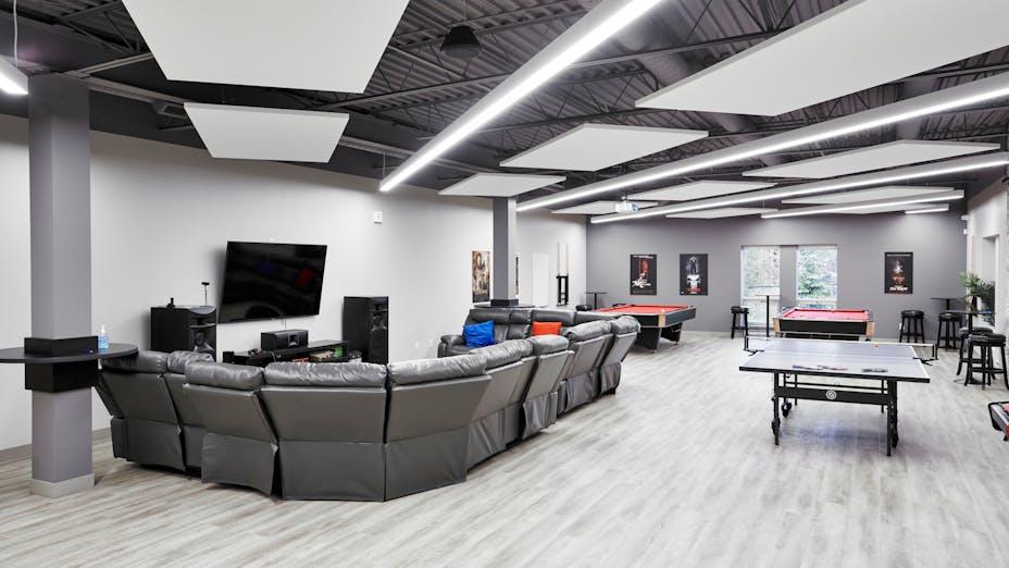 NA, Plexxis Software, office, break room, Island, 4x8, planks, Sesco Design-Build