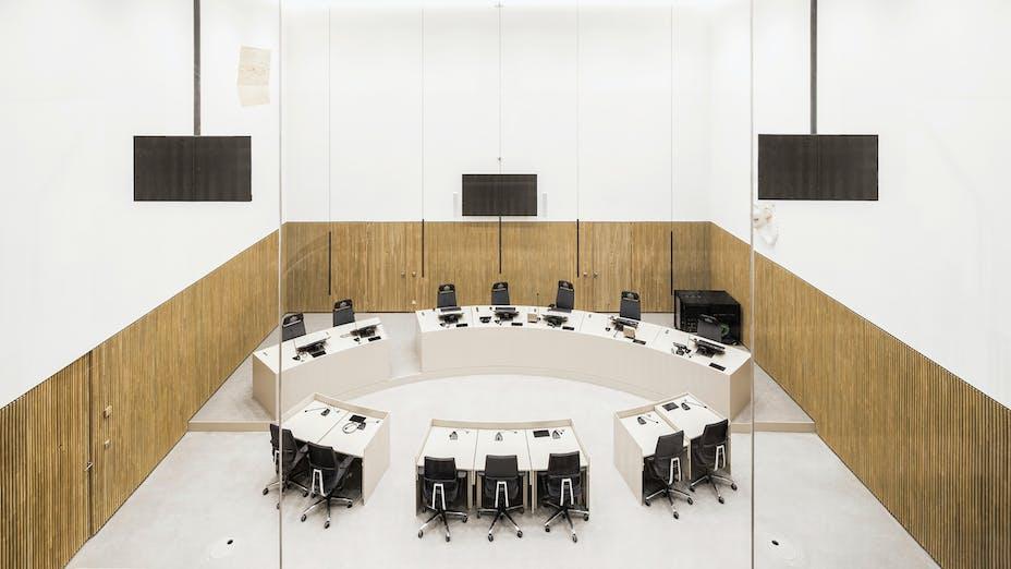 Meeting Room in Nieuwe Rechtbank in Amsterdam The Netherlands with Rockfon Mono Acoustic