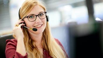 employee, trainee, phone, office, azubi, auszubildende, auszubildender, praktikant, student, germany