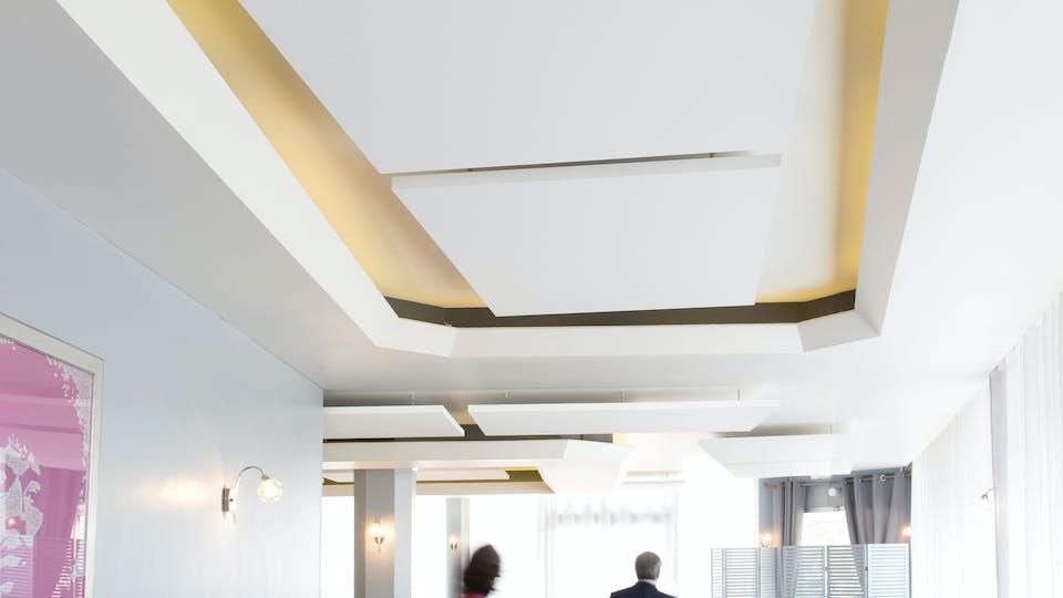 Acoustic ceiling solution: Rockfon Eclipse®, 1760 x 1160