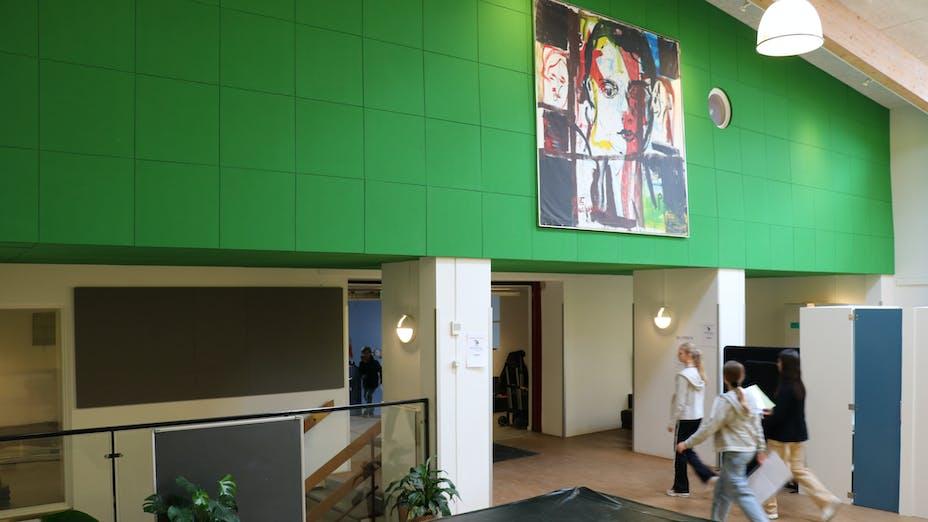 DK, Skovshoved skole, Charlottenlund, tegne-stuen, Education, Rockfon Color-all, B-edge, 600x600, Green, GLue, Glued, Corridor