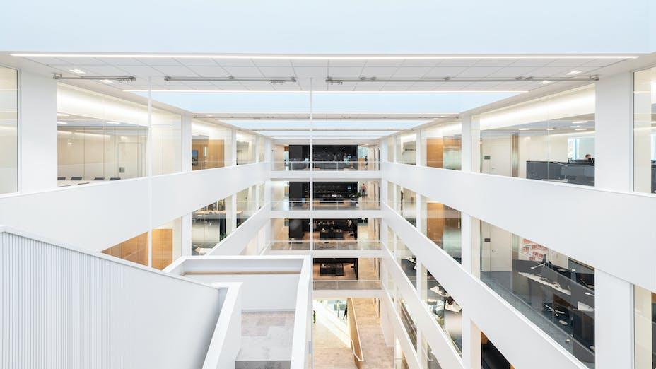 DK, Danske Bank, Aarhus, Arkitema, Office, Rockfon Blanka, E24-edge, E-edge, 600x600, White, 2890 click, Reception