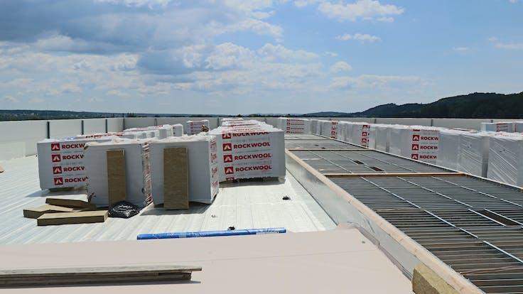 reference, egger glas, production hall, flat roof, hardrock 040, gersdorf, austria