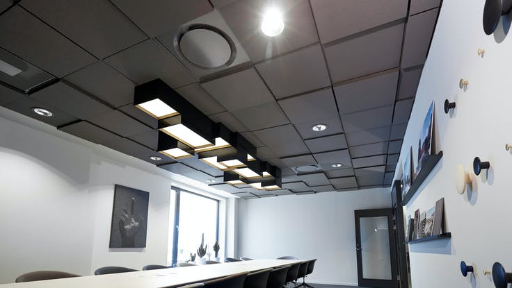 Parafon Step for Grids ceiling in colour grey installed at architect office in Gävle, Sweden.