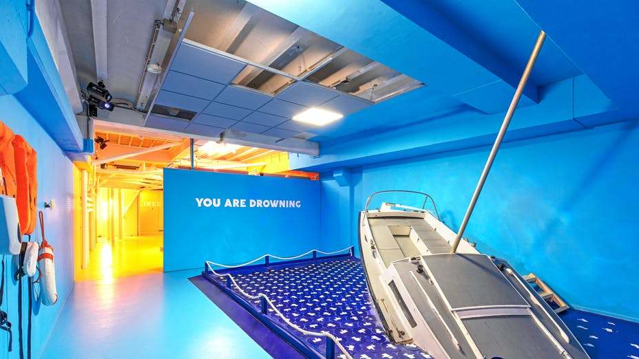 Youseum Instagram Museum in Amsterdam The Netherlands with Rockfon Color-all in Azure colour