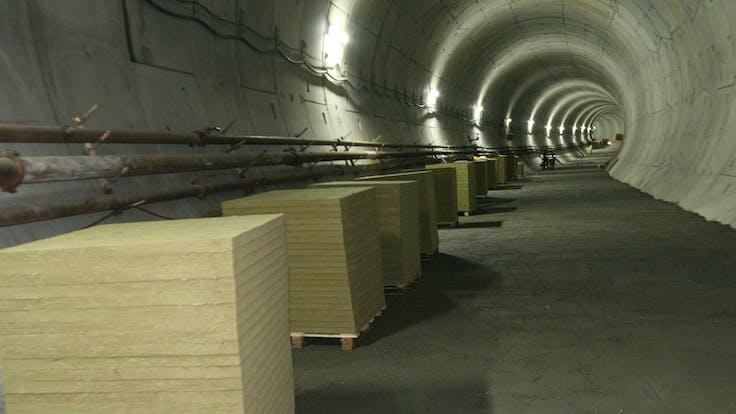 Tracks, Rockdelta, Rockdelta RX, structure protection, vibration, structure protection, stone wool, lapinus
