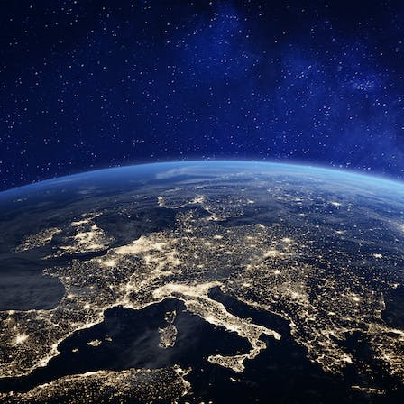 Sustainability report 2020, decarbonisation, earth at night, big picture, planet, horizon
