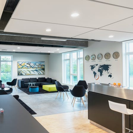 DK, Aars, Kimbrer Group, Renovation, Office, Rockfon Eclipse, Square, A edge, white