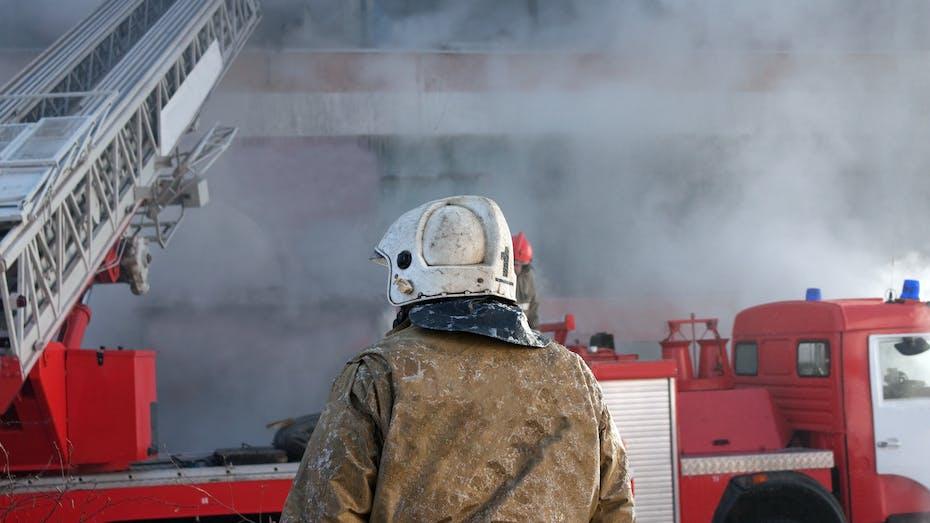 Firefighter, fire, smoke