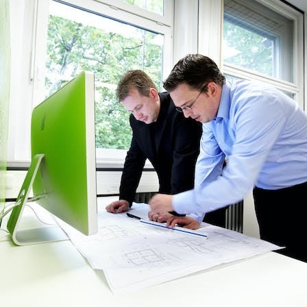 architect, architects, people, man, men, plan, plans, planning, desk, office, computer, detail, detail drawing, germany