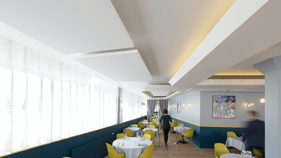 FR, Restaurant 'Le Petit Sabayon', Morangis (Paris), Leisure, Rockfon Eclipse (island), A edge, 1760x1160x40, White, Restaurant