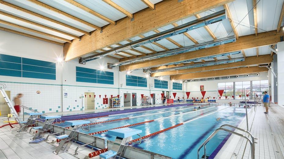 Primary School, Gdańsk, Poland, 10000 m2, Architect studio: PRACOWNIA INWESTPROJ, City Gdansk, EBUD Przemysłówka Bydgoszcz, Bartosz Makowski, ROCKFON Sonar, Z, 1800x600, white
