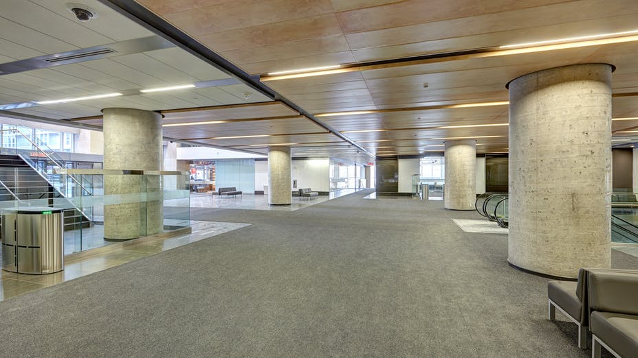 """90 Elgin, Ottawa, Canada, 34.123 m2, Rockfon Specialty Metal Ceilings, Chicago Metallic, Dialog, MCROBIE Architects + Interior Designers, Ron Engineering and Construction/State of the Art Acoustik Inc., The Great-West Life Assurance Company (Building), Government of Canada (Land), Advance Drywall Ltd./Morin Bros. Builiding Supplies, LEED, Bochsler Creative Solutions, Razor Edge Infinity, Planostile Lay-in, SpanAir Hook-On, Reveal, 24"""" x 48"""", Satin Silver, WoodScenes Lazy Maple, 4600 Ultraline"""