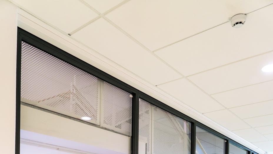 Corridor in the university of Kalmar Sweden with Rockfon Blanka in E-edge