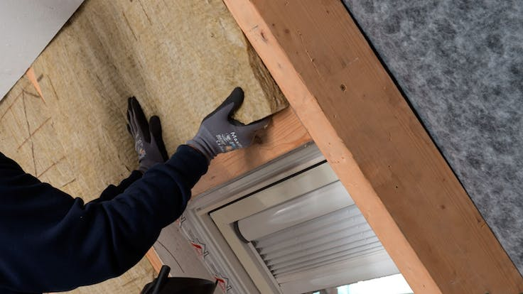 insulation between the rafters, Klemmrock, installer, pitched roof, germany