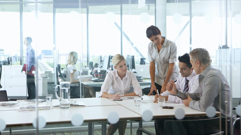 Illustrative image, office, meeting room, sound insulation, acoustics, multiple people, open plan office