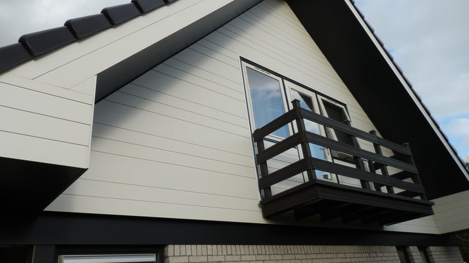Renovation of part of the facade of a private house iwht Rockpanel Lines² in Menaldum, The Netherlands