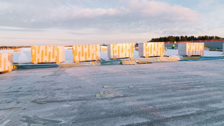 Reference case, Sweden, Umeå, Ikano, retail center, shopping center, TOPROCK CTF System, roof