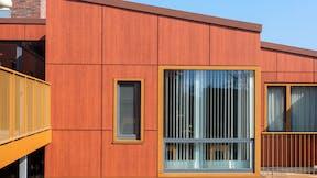 Rockpanel Case Study Appartementencomplex De Philosoof in Zwolle Rockpanel Woods Kersen Rockpanel Woods Cherry