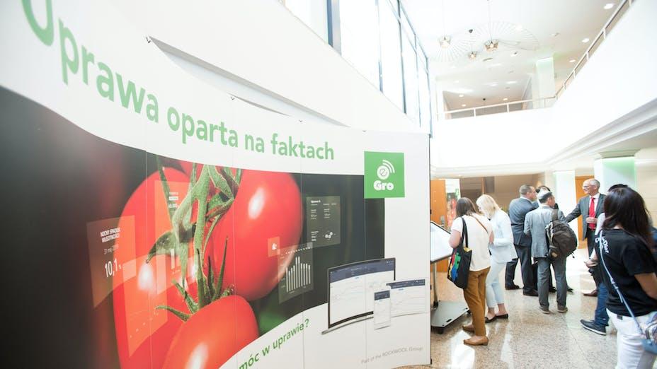 Launch e-Gro Poland and 50th Anniversary, anniversary, exhibition, tomato, people, show, grodan