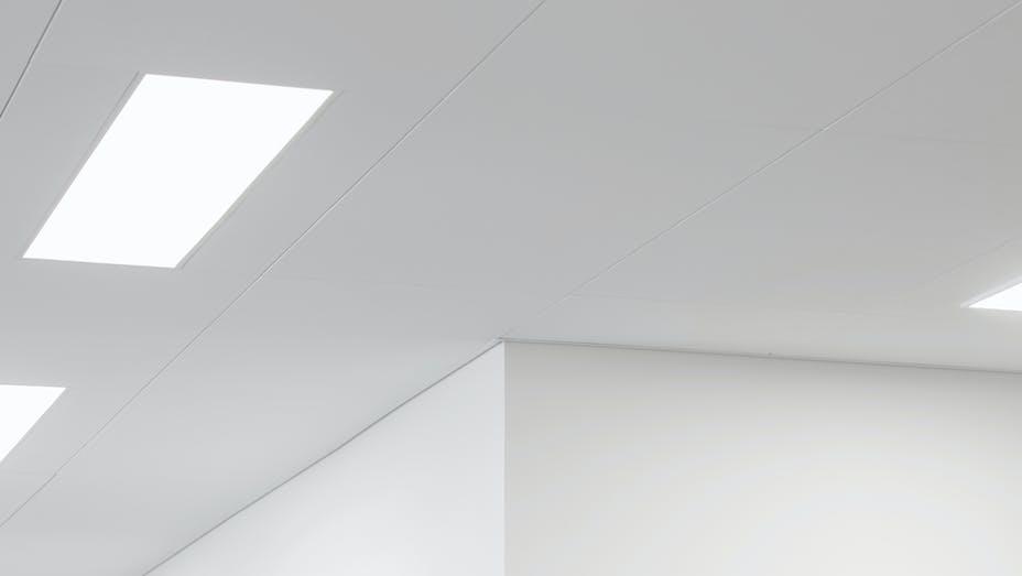 DK, Vejen Rådhus, Vejen, Transform-Pluskontoret-Rambøll, Office, Open Plan Office, Rockfon Blanka, X-edge, 1200x600, white, close-up, detail
