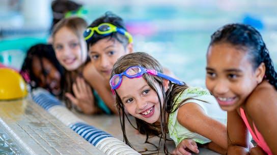 segment illustration, leisure, children, swimming hall, goggles
