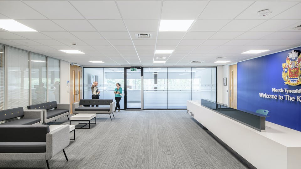 Acoustic ceiling solution: Rockfon® Tropic™, E15, 600 x 600