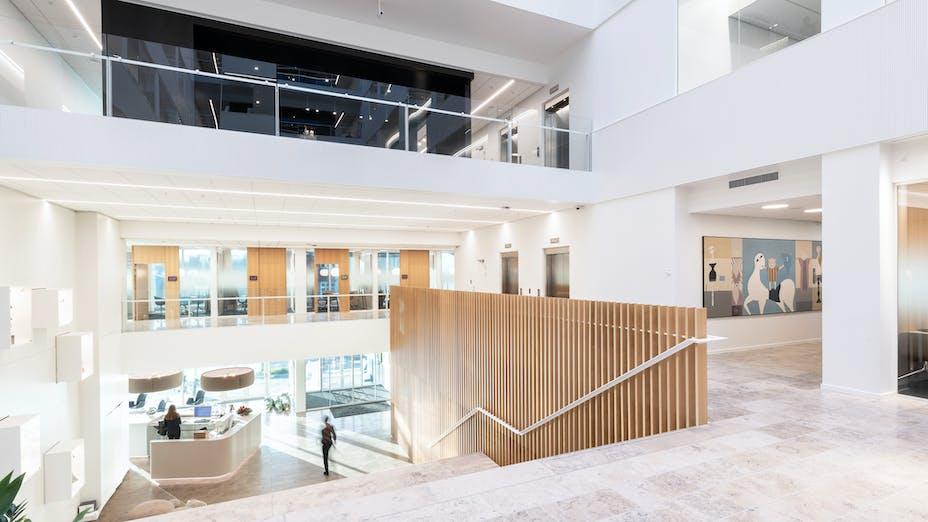 DK, Danske Bank, Aarhus, Arkitema, Office, Rockfon Blanka, E24-edge, E-edge, 1200x600, White, 2890 click, Reception