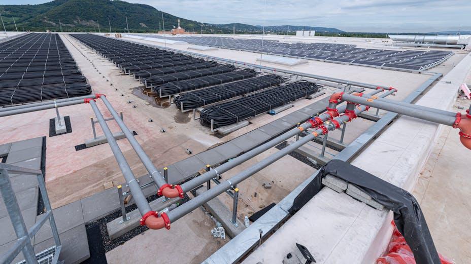 reference, ikea, distribution center, ikea cdc, photovoltaic modul, photovoltaics, photovoltaic construction, flat roof, strebersdorf, austria