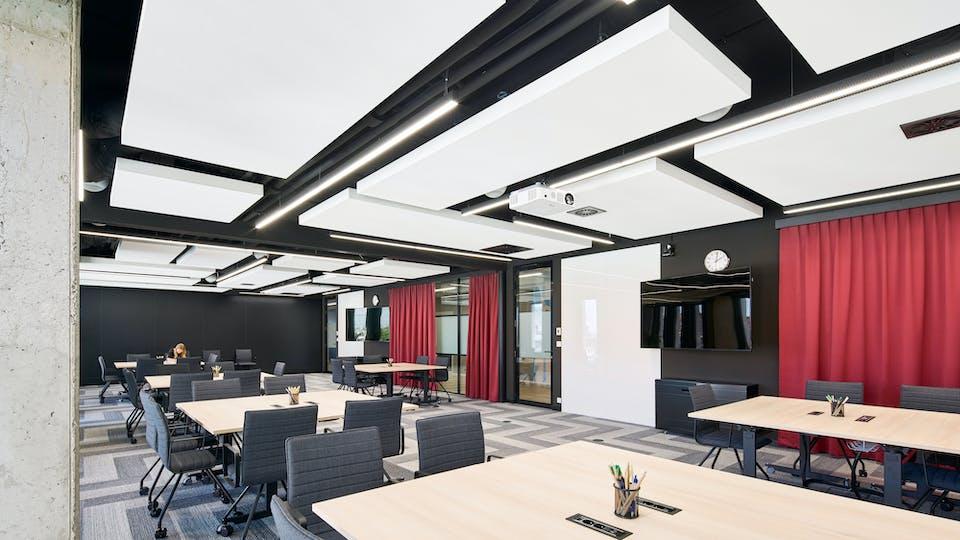 Acoustic ceiling solution: Rockfon® Mono® Acoustic