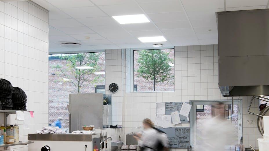 Fredriksbjerg skole,Denmark,Aarhus,13.700 m²,Henning Larsen Architects A/S,GPP Arkitekter,Møller & Grønborg,Kari Moseng,Aarhus Kommune,Awarded the School Building of the Year 2016,Denmark,Svend Christensen,ROCKFON Hygienic,A24-edge,600x600,white,Chicago Metallic T24 Click 2890