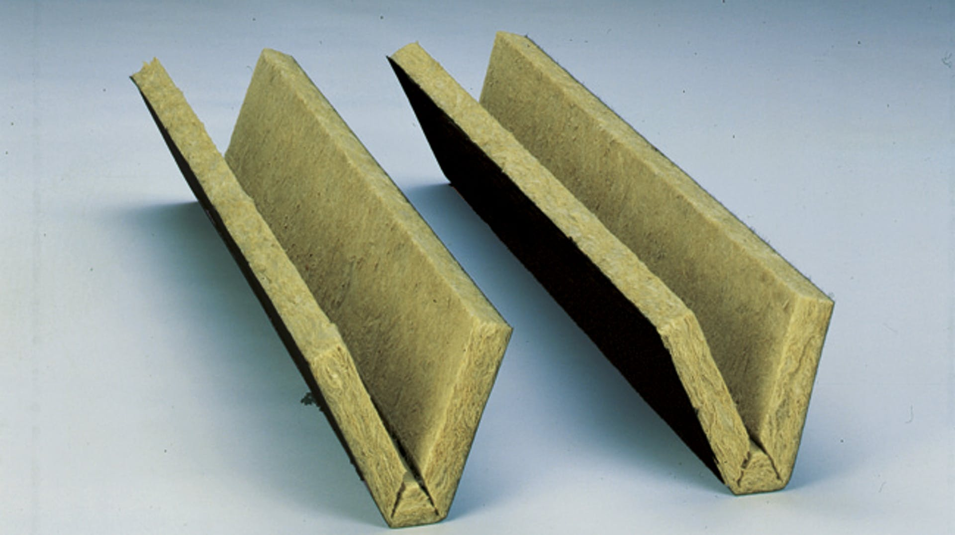 product, product page, flatroof, flat roof, akustik profilfüller raf-se, germany