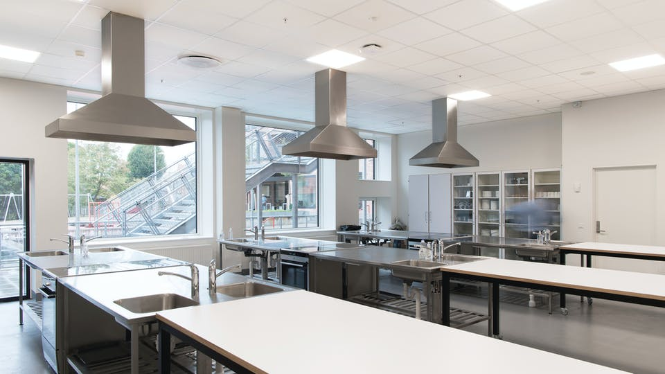 Featured products: Rockfon® Hygienic™, 600 x 600