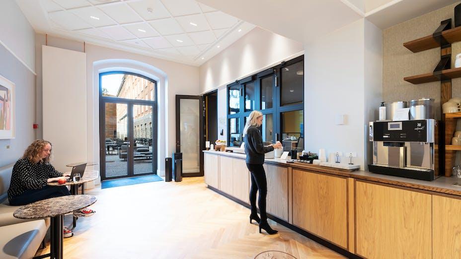 Coffee Corner in Hotel Villa Copenhagen Denmark with Rockfon Blanka tiles.