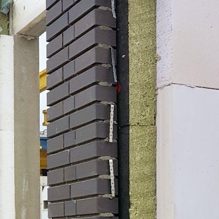 product, installation, cavity wall, cavity wall insulation, cavity wall insulation board, kernrock, kernrock 033 VS, kernrock 035 VS, kerndämmung, kerndämmplatte,   zweischaliges mauerwerk, brochure, broschüre, dämmung von außenwänden, germany
