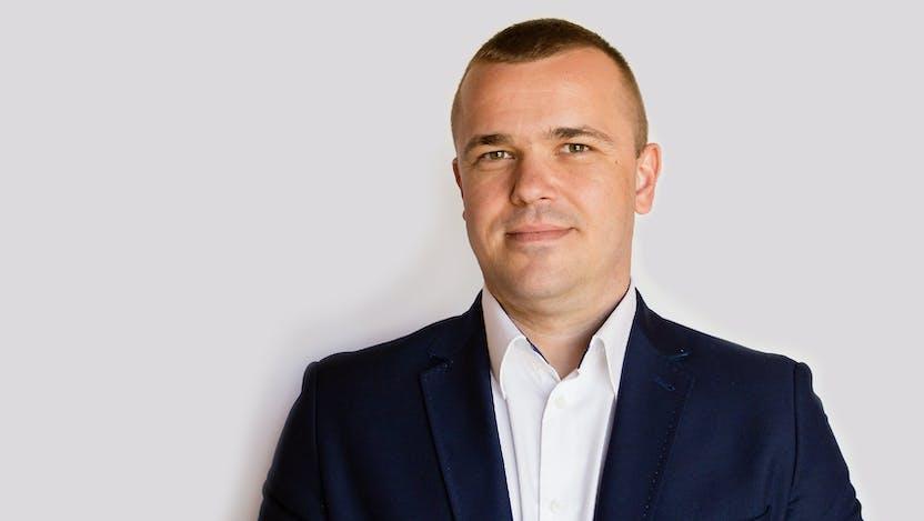 Andrzej Metzger, KAM, DTH, Sales
