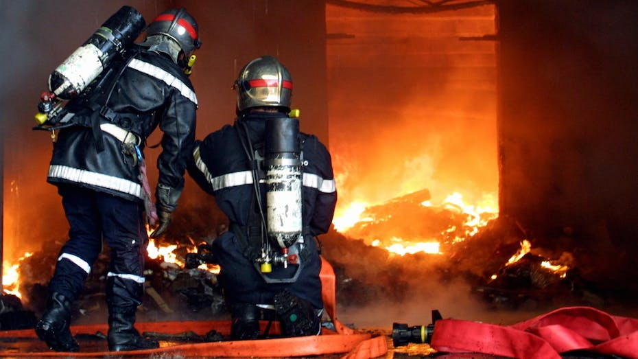 Fire safety, fire resilience, smoke, fire fighters