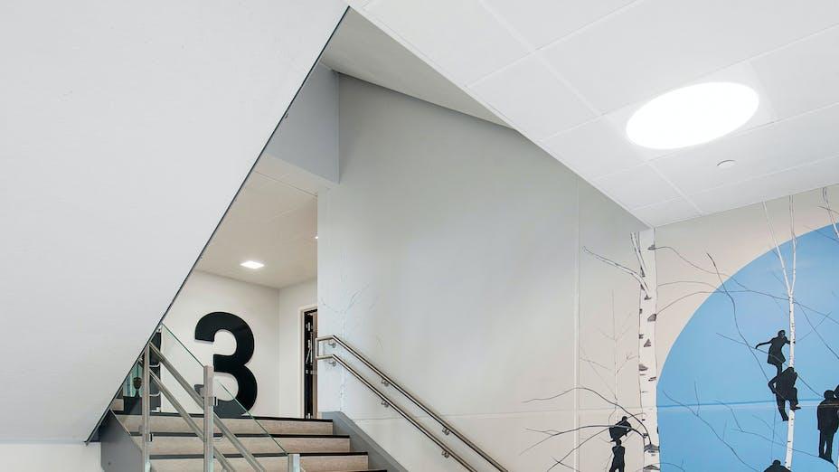 NO, Brynseng skole, HRTB Arkitekter AS MNAL, School, Rockfon Samson, A edge, 1200x600, white, Chicago Metallic T24 Click 2890