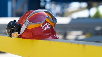 health&safety, helmet, rocksafe, sicherheit, work, arbeit, industry, factory, equipment