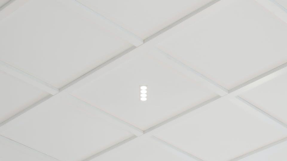 Produkter på bildet: Rockfon Blanka®, 600 x 600