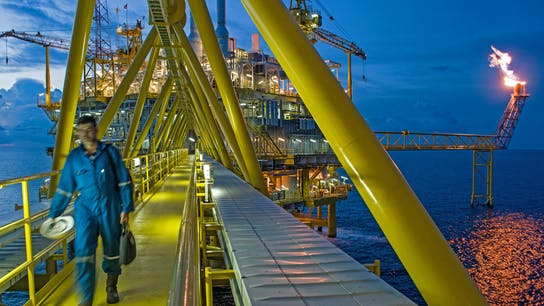 workers, oil rig, offshore, drilling, oil platform, two people, evening, SeaRox