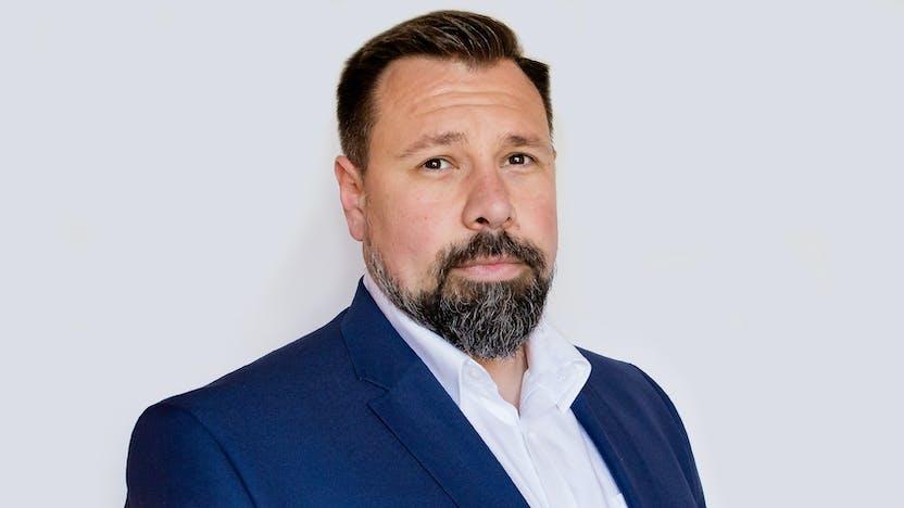Bartosz Backiel, KAM, DTH, Sales
