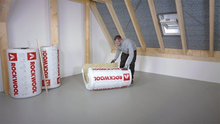 thumb, thumbnail, video, installation, installation guide, guide, roof, pitched roof, dachausbau, gesamt, zwischensparrendämmung, luftdichtsystem, untersparrendämmung, klemmrock, germany
