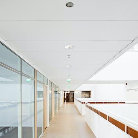 ROCKFON, Sonar E_edge, 2100x600, office, corridor, 2012