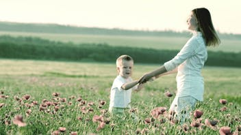 Mom and child, outdoor, nature, flowers
