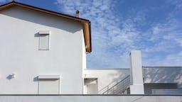 product header, frontrock max e, facade, house