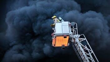 fireman, fire brigade, fire, fight a fire, turntable ladder, smoke, photo, germany