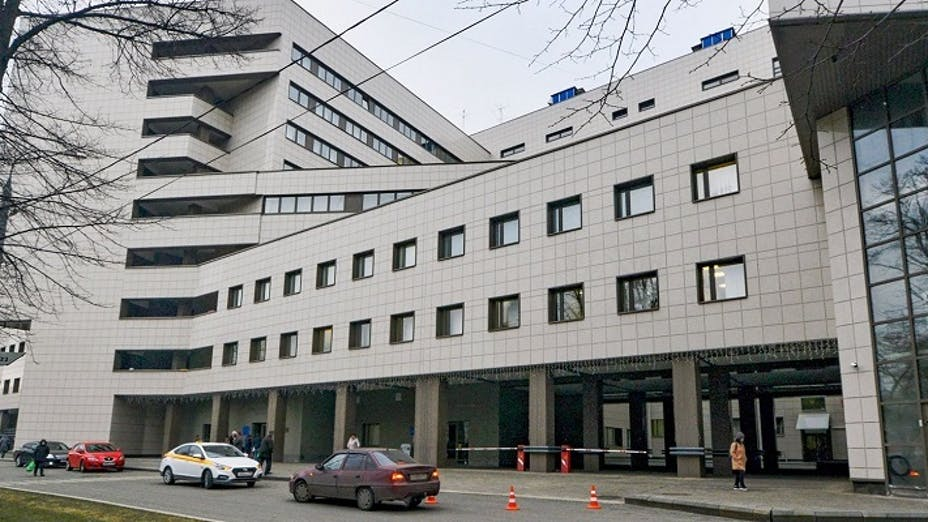 Botkin Clinical Hospital in Moscow, renovation,  facade