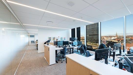 DK, Danske Bank, Aarhus, Arkitema, Office, Rockfon Blanka, E24-edge, E-edge, 1200x600, White, 2890 click, Open Plan Office